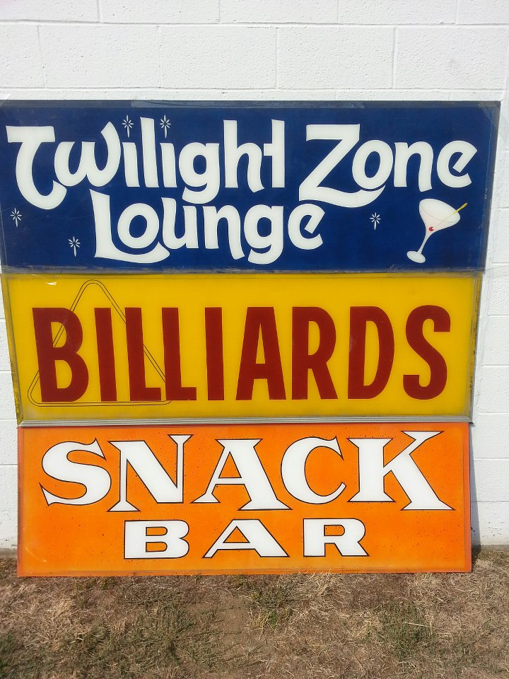 Olympia Lanes Twilight Zone Lounge