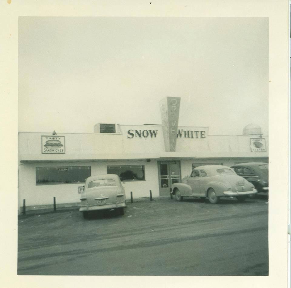 Snow White – 1951 photo