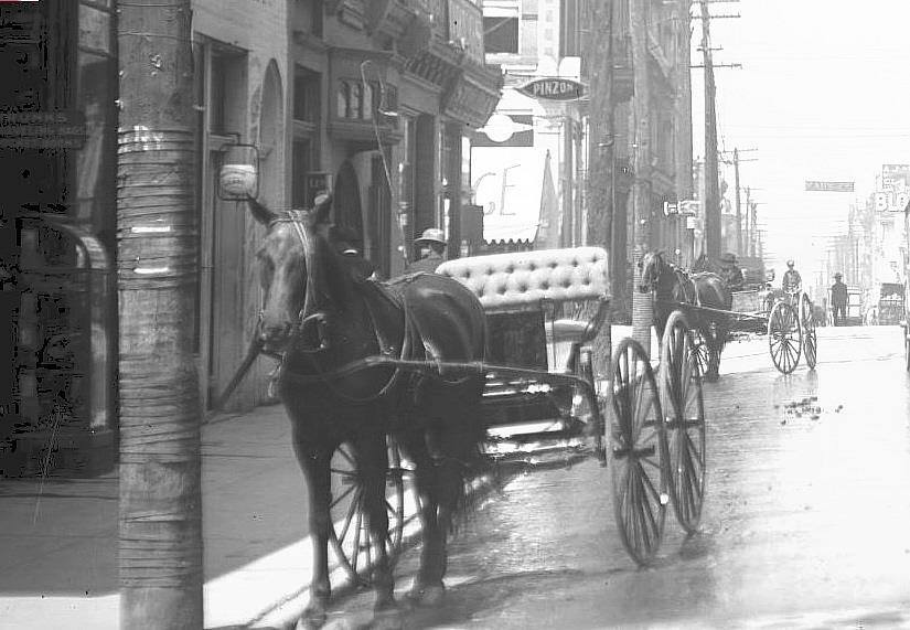 6th & Felix circa 1900. Notice the Blocks sign west down the street.