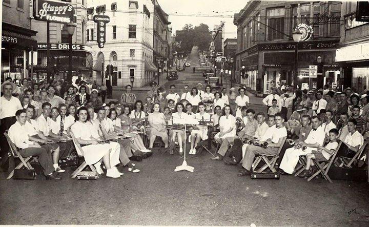 8th & Felix. 1940s.