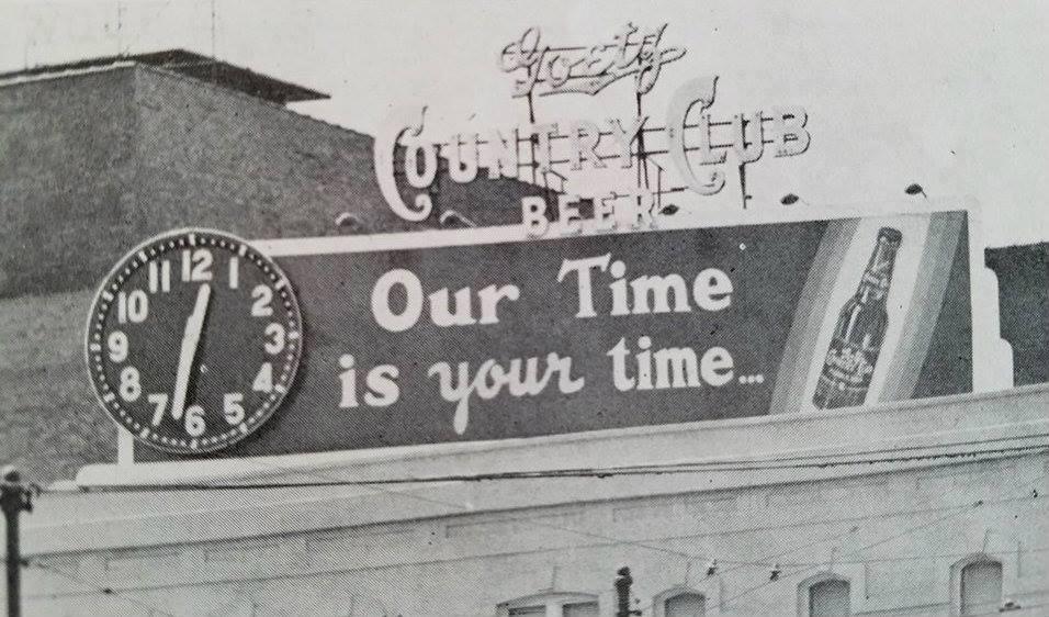 Goetz Beer Clock on the Roof of the Platt Business Academy 8th & Felix