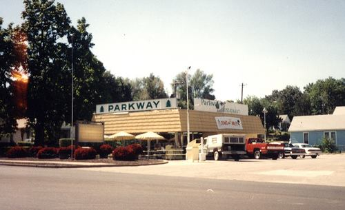 Parkway Restaurant at 28th and the Parkway near Messanie