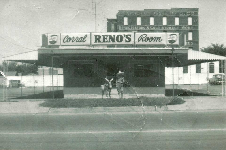 Reno's Corral Room