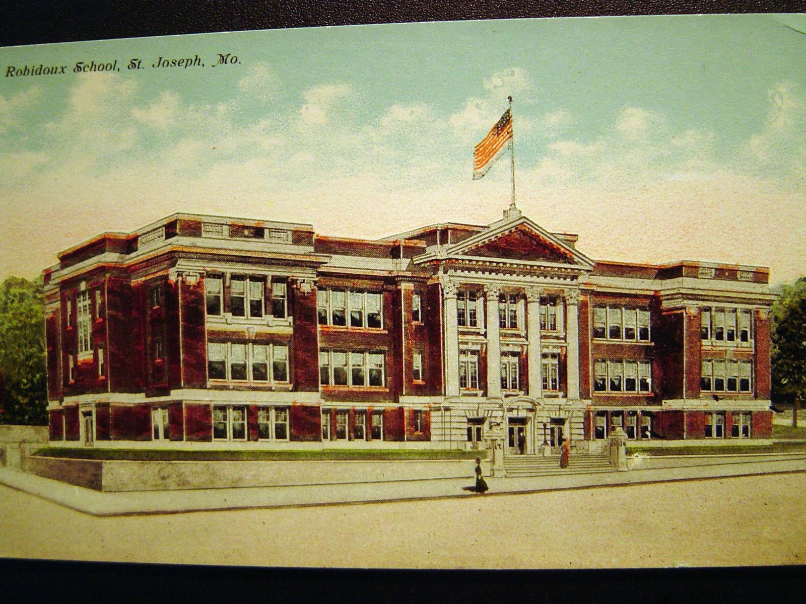 St. Joseph MO Robidoux School Postcard 1924