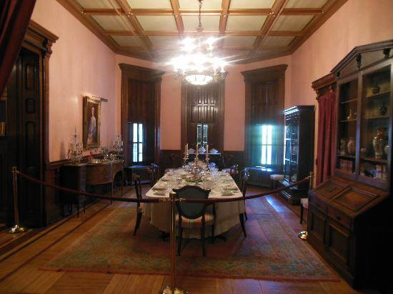 Wyeth Tootle mansion 4